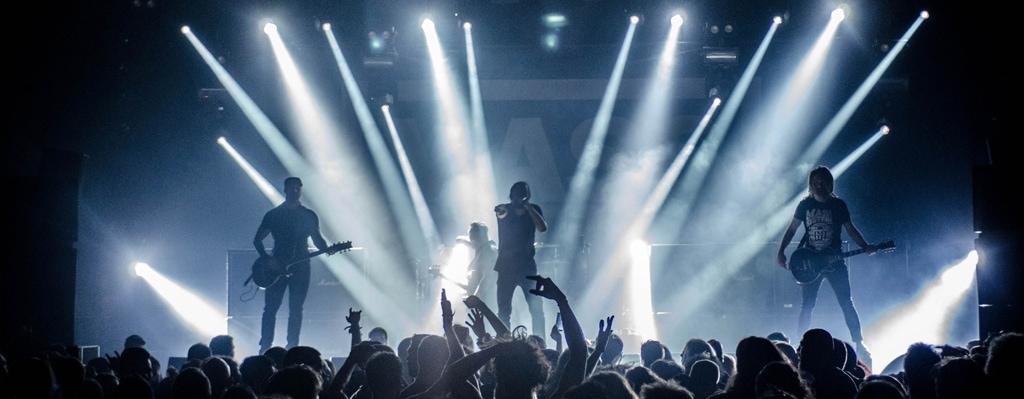 Il·luminació per un concert de grup de música